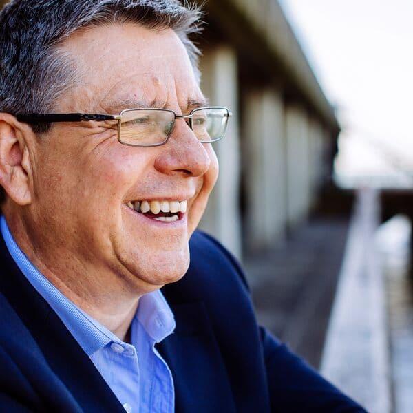 Photo of Prof Gordon Blunn